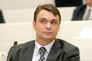 Sadik Ahmetović
