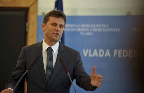 Fadil-Novalić-1